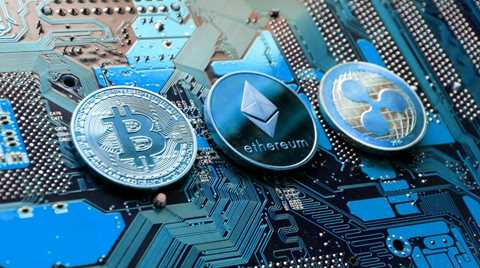 As cryptocurrencies come more into common usage, understanding the differences between the top 3 cryptocurrencies more important. Here's a...