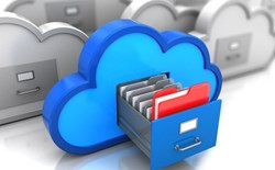 How does visibility help with the uncertainty of handing data to a cloud provider?