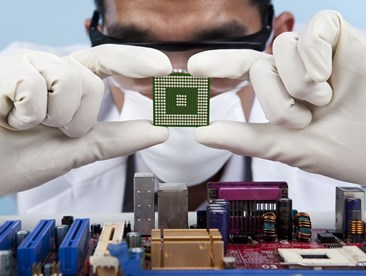 What's the difference between a CPU and a GPU?
