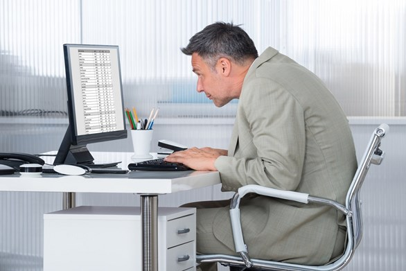 Beat Injuries With These 4 Computer Ergonomics Tips