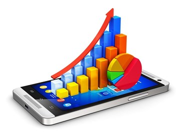 What are some of the advantages and disadvantages of embedded analytics?